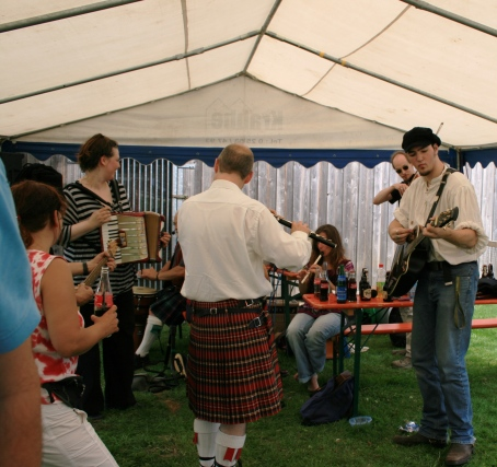 7a catalpa celtic folk band.jpg
